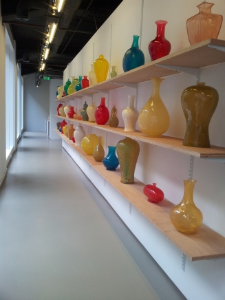 140123 opaque vases