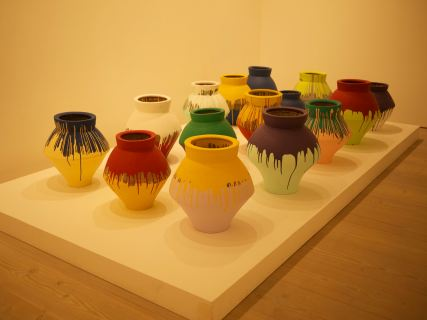 ai weiwei coloured vases