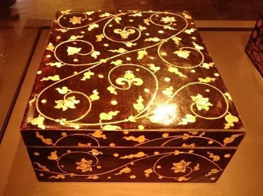image lacquer box